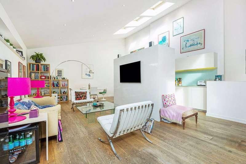3 Bedrooms House for sale in Zulu Mews, Battersea, London, SW11