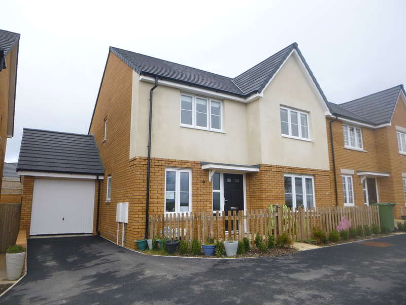 4 Bedrooms Detached House for rent in Lapwing Row, Bude