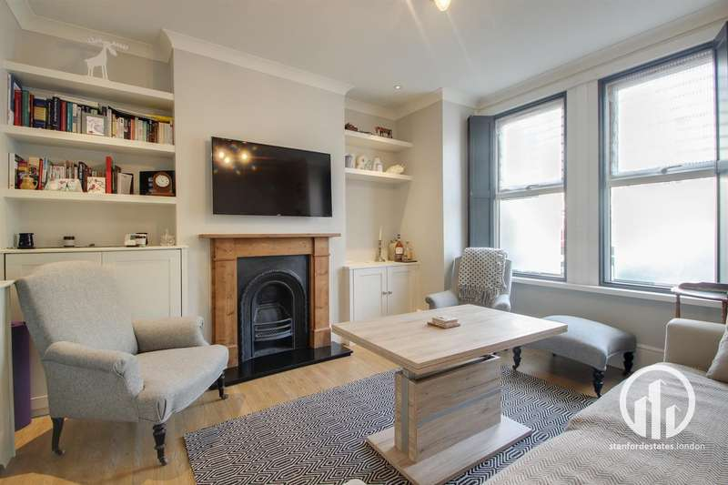 2 Bedrooms Flat for rent in Leahurst Road, Hither green, London