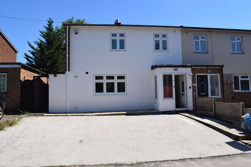 3 Bedrooms Semi Detached House for rent in Love Lane, Woodford Green