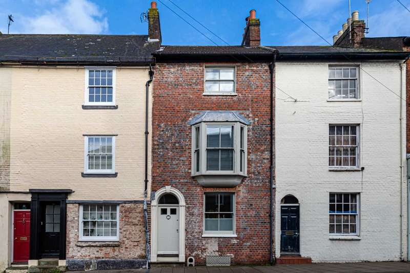 3 Bedrooms Town House for sale in Mount Pleasant, Lewes
