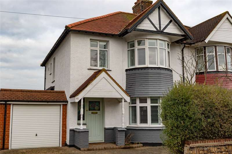 3 Bedrooms Semi Detached House for sale in Henry Drive, Leigh-on-Sea, SS9