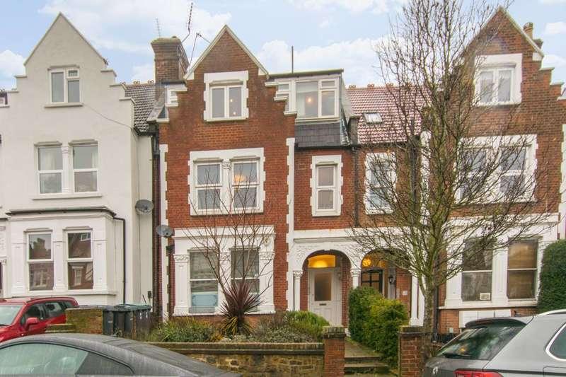 2 Bedrooms Flat for rent in Onslow Gardens, Cranley Gardens, N10