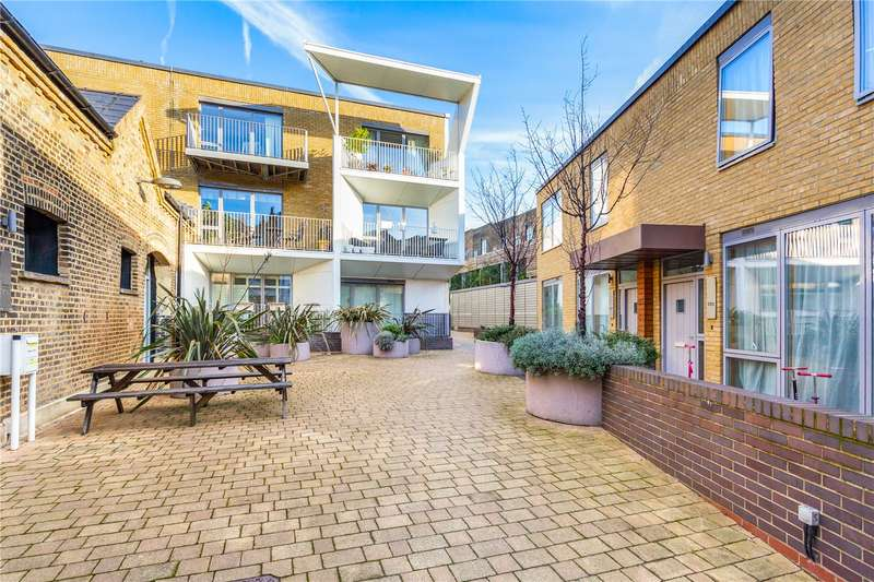 1 Bedroom Flat for sale in Caledonian Road, Islington, London, N1