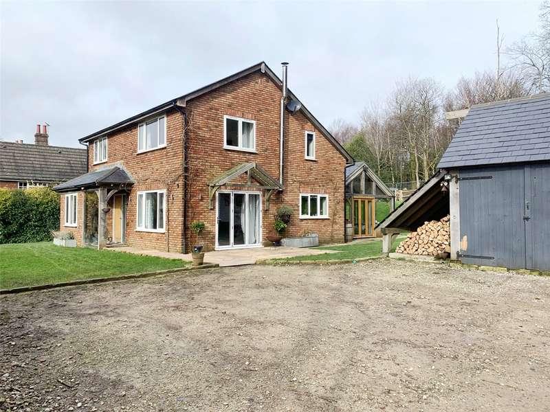 4 Bedrooms Detached House for sale in Warren Road, Crowborough, East Sussex, TN6