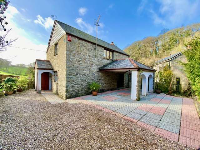 3 Bedrooms Detached House for sale in Croanford
