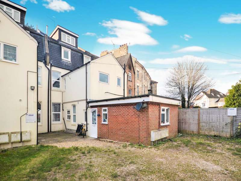 Flat for sale in 23 The Crescent, Boscombe, Dorset