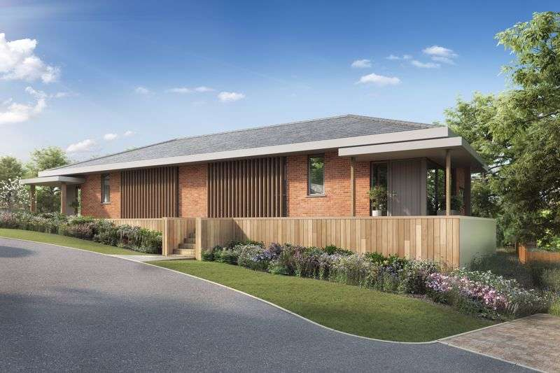 3 Bedrooms Property for sale in Howarth Park, Milford Hill, Salisbury