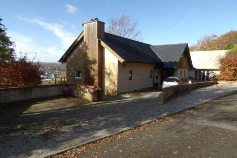 6 Bedrooms Detached House for sale in Cuilfail, Lewes