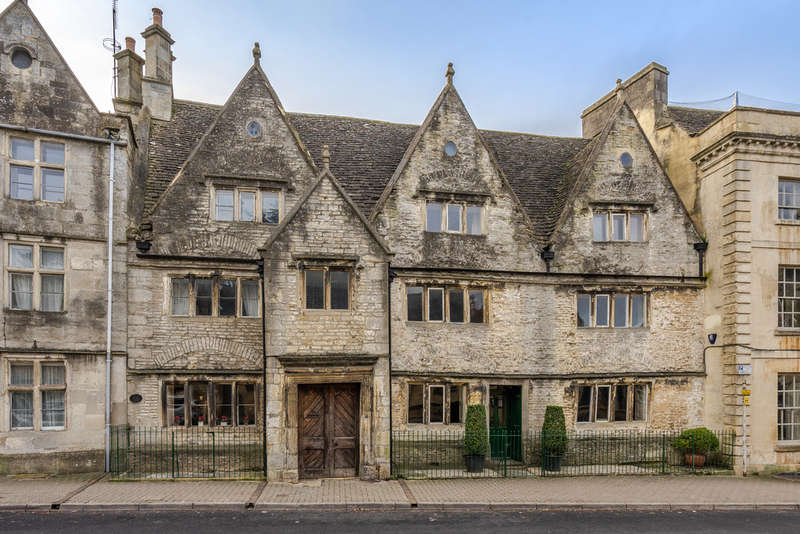 5 Bedrooms Town House for sale in Long Street, Tetbury