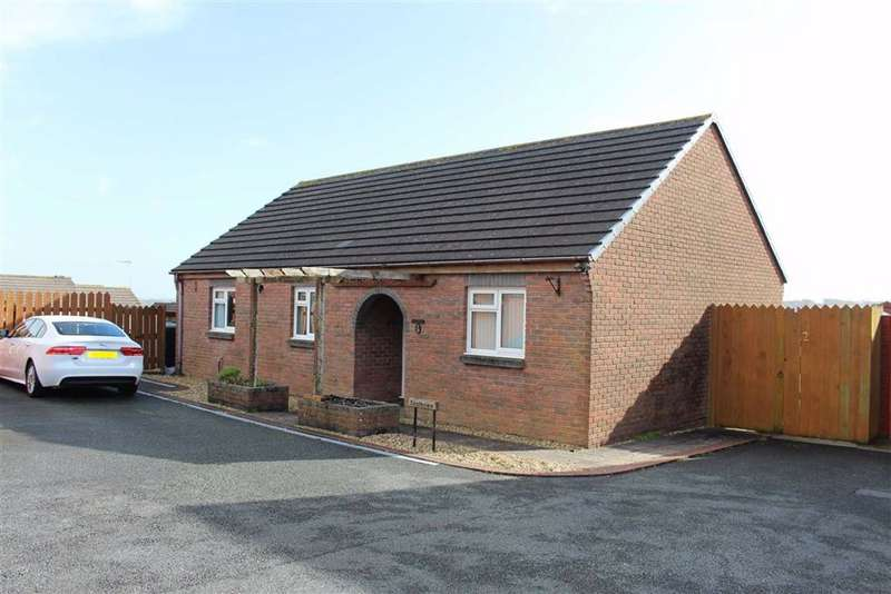 2 Bedrooms Detached Bungalow for sale in The Parade Ground, Pembroke Dock