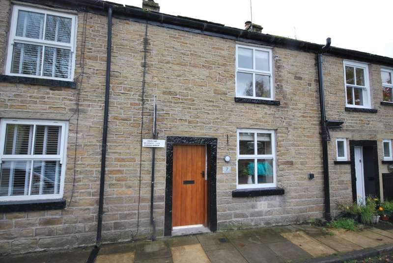 3 Bedrooms Terraced House for sale in Aitken Street, Irwell Vale