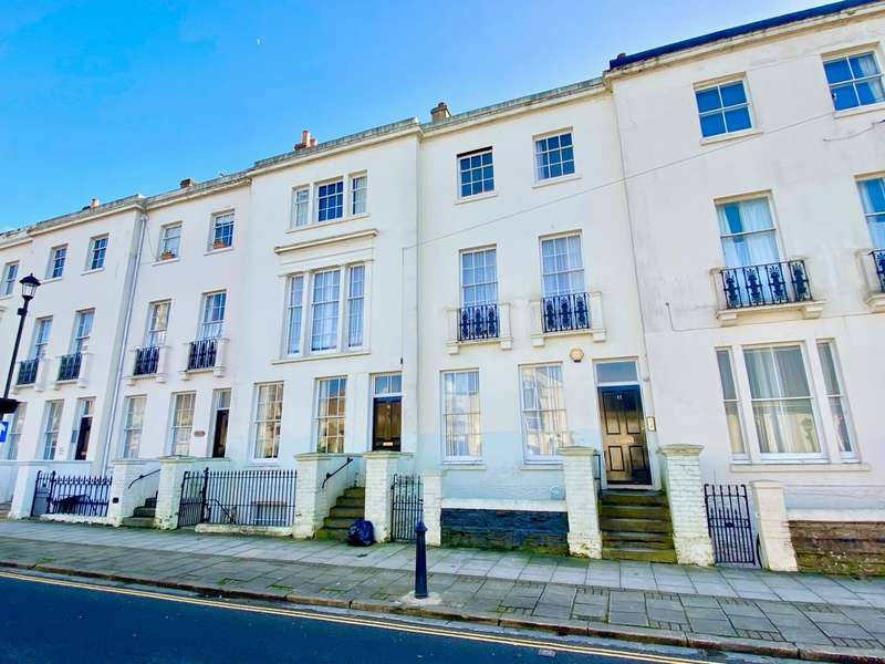10 Bedrooms Town House for sale in Lind Street, Ryde