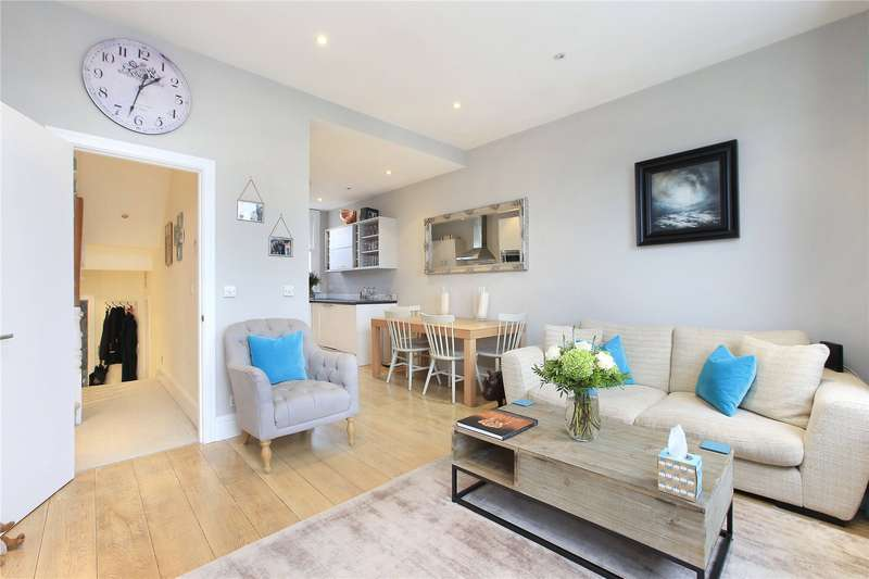 3 Bedrooms Flat for sale in Webbs Road, Battersea, London, SW11