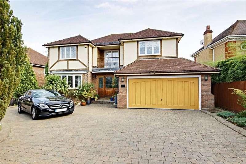 5 Bedrooms Detached House for sale in Burton Lane, Goffs Oak Waltham Cross, Hertfordshire