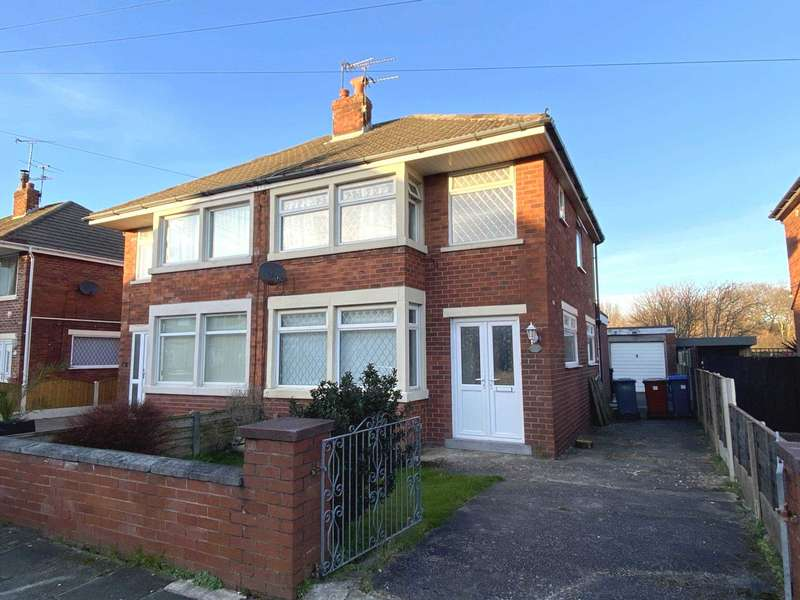3 Bedrooms Semi Detached House for sale in Houseman Place, Blackpool, FY4 5AE