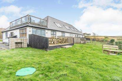 5 Bedrooms End Of Terrace House for sale in Neuadd Wen, Church Bay, Holyhead, Sir Ynys Mon, LL65