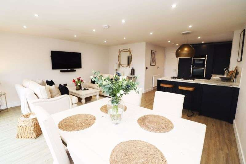 3 Bedrooms Property for sale in Heath Road, Bradfield, Manningtree