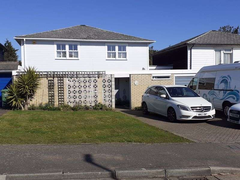 4 Bedrooms Property for sale in Gaynesford, Basildon