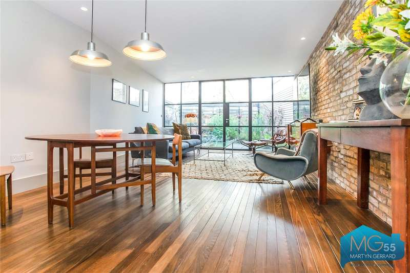 4 Bedrooms Semi Detached House for sale in Archway Road, Highgate, London, N6