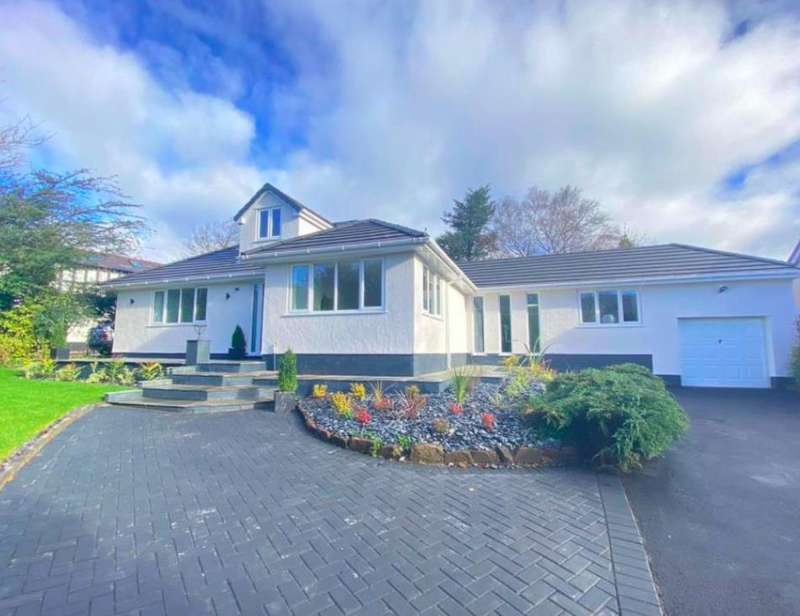 4 Bedrooms Detached Bungalow for sale in Oldfield Road, Heswall, Wirral