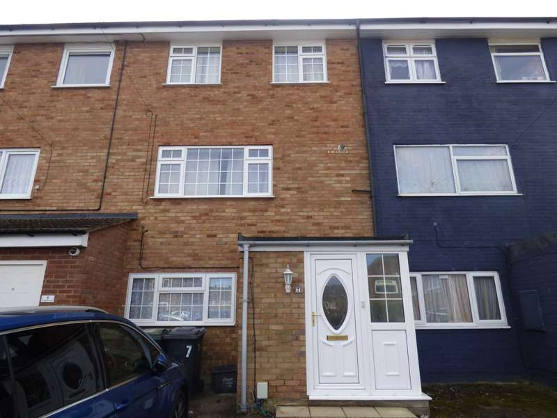 3 Bedrooms Town House for rent in Orpington Close, Luton