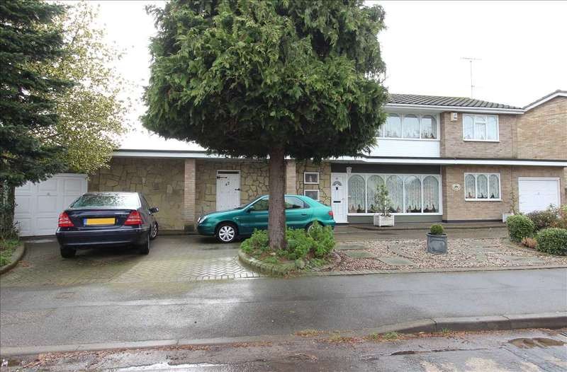4 Bedrooms Detached House for sale in Eastwood