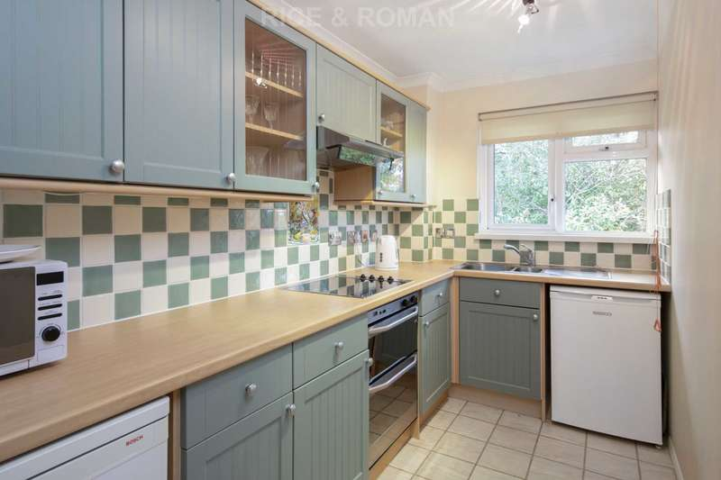 1 Bedroom Retirement Property for sale in Broadmead, Ashtead