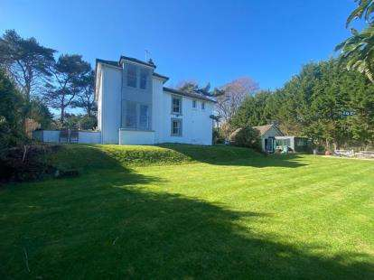 5 Bedrooms Detached House for sale in Shanklin, Isle Of Wight, .