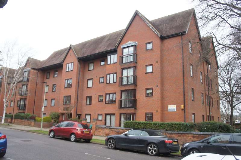 2 Bedrooms Retirement Property for sale in Aspley Court, Warwick Avenue