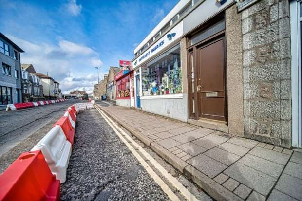 3 Bedrooms Flat for sale in West High Street, Inverurie, Aberdeenshire, AB51 3QR