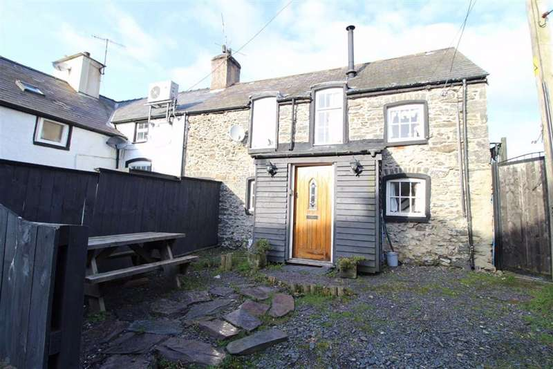 2 Bedrooms Cottage House for sale in Llangernyw