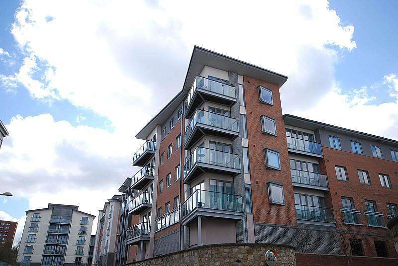 2 Bedrooms Apartment Flat for sale in Cameronian Square, Worsdell Drive