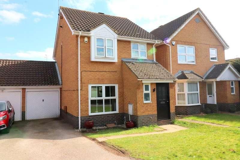 3 Bedrooms Detached House for sale in Saffron Close, Luton, Bedfordshire, LU2 7GF