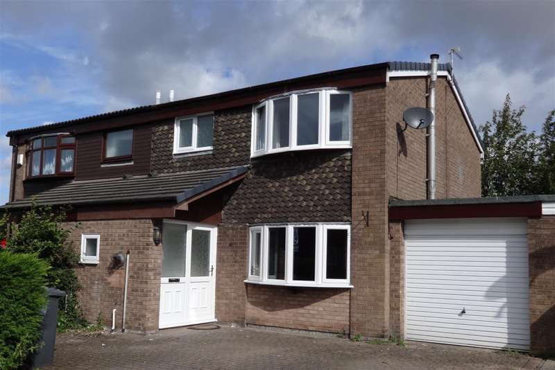 3 Bedrooms Semi Detached House for sale in Linden Close, Lymm, WA130PH