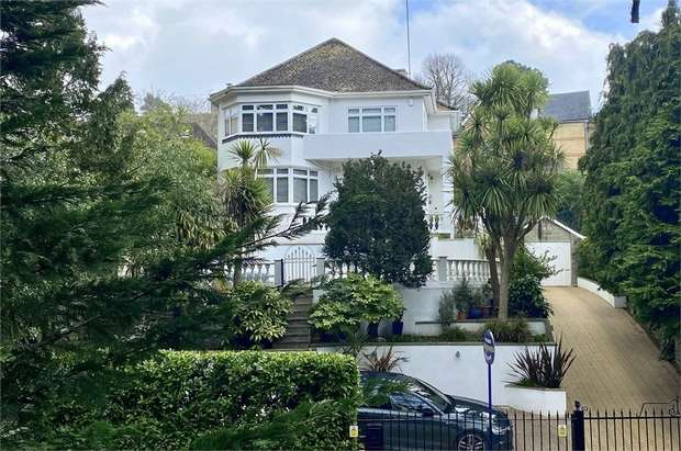 5 Bedrooms Detached House for sale in Braidley Road, Meyrick Park, Bournemouth