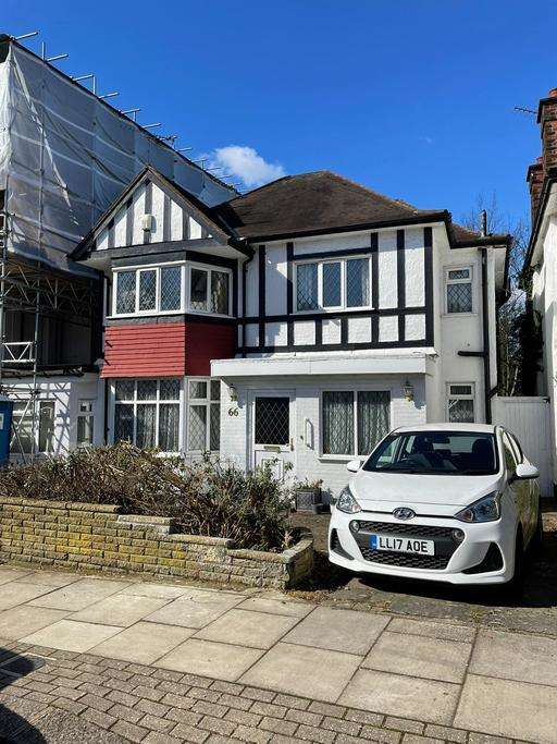 4 Bedrooms Detached House for sale in WOODLANDS, GOLDERS GREEN, LONDON, NW11