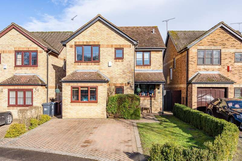 4 Bedrooms House for sale in Meridian Way, Stanstead Abbotts, Ware