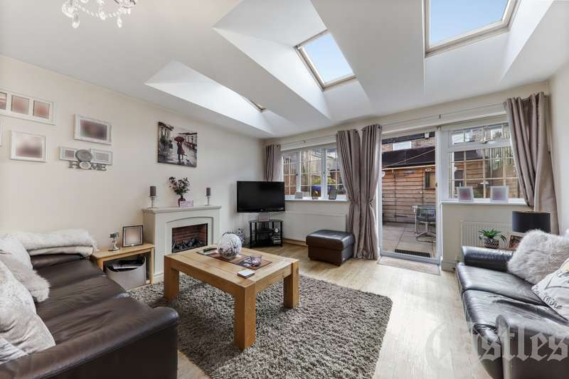 3 Bedrooms Property for sale in Mitford Road, N19