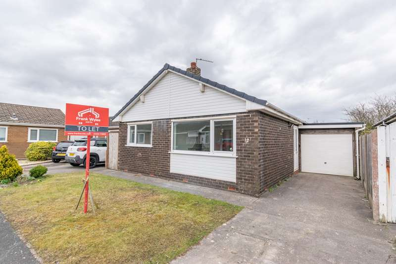 2 Bedrooms Detached Bungalow for rent in Rogerley Close, Lytham St Annes, FY8