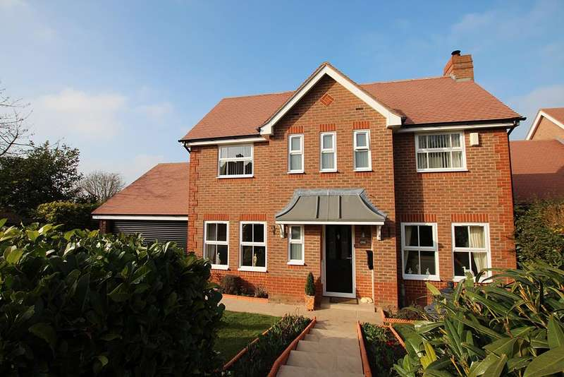 3 Bedrooms Detached House for sale in Swan Gardens , TETSWORTH, OX9