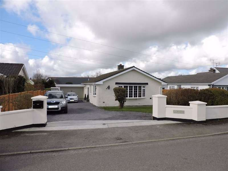 4 Bedrooms Detached Bungalow for sale in Ludchurch, Narberth, Pembrokeshire