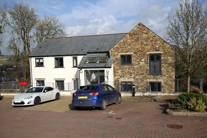 2 Bedrooms Property for sale in Gilbury Hill, Lostwithiel