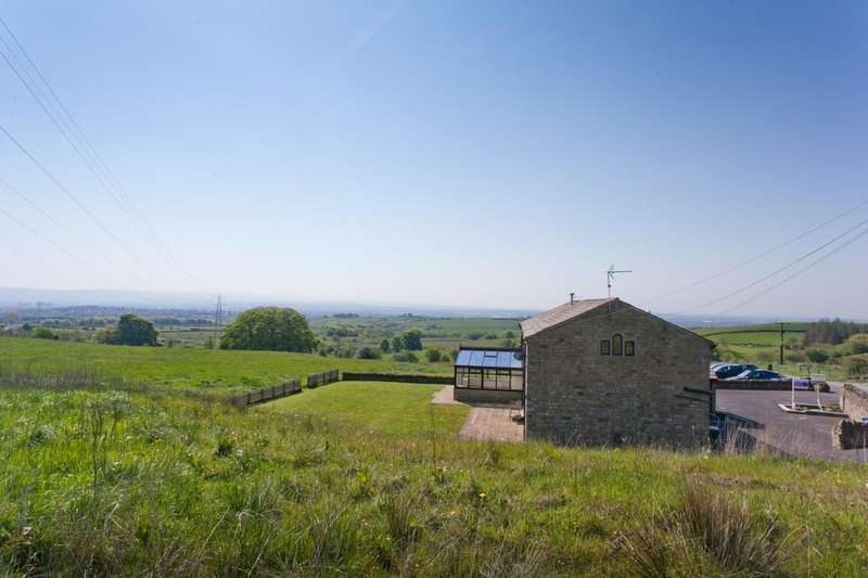 5 Bedrooms Detached House for sale in Meadow Head Lane, Norden