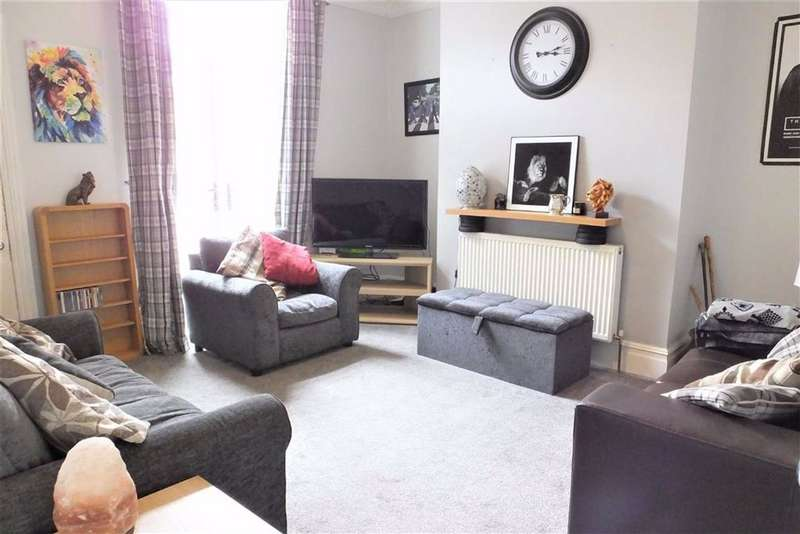 3 Bedrooms Terraced House for sale in Alkincoats Road, Colne, Lancashire, BB8
