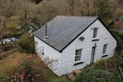 3 Bedrooms House for sale in Rhyd Y Sarn, Blaenau Ffestiniog, Gwynedd, ., LL41