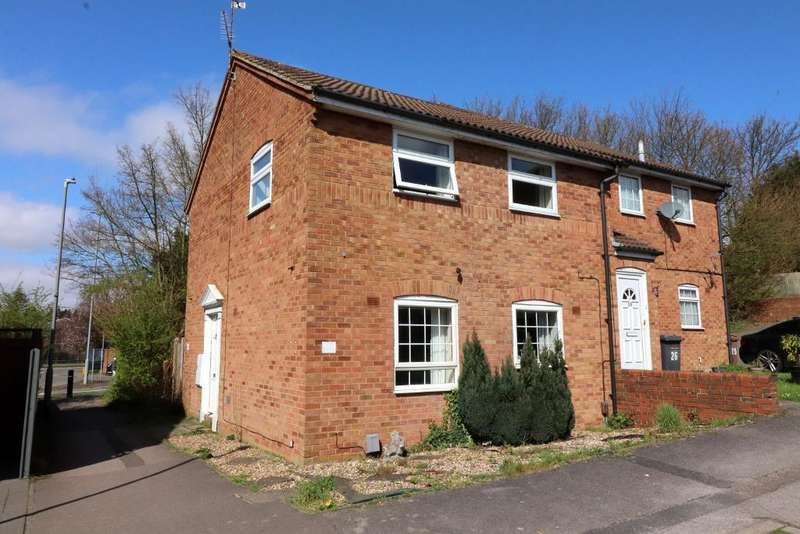 1 Bedroom Maisonette Flat for sale in Felton Close, Luton, Bedfordshire, LU2 9TD