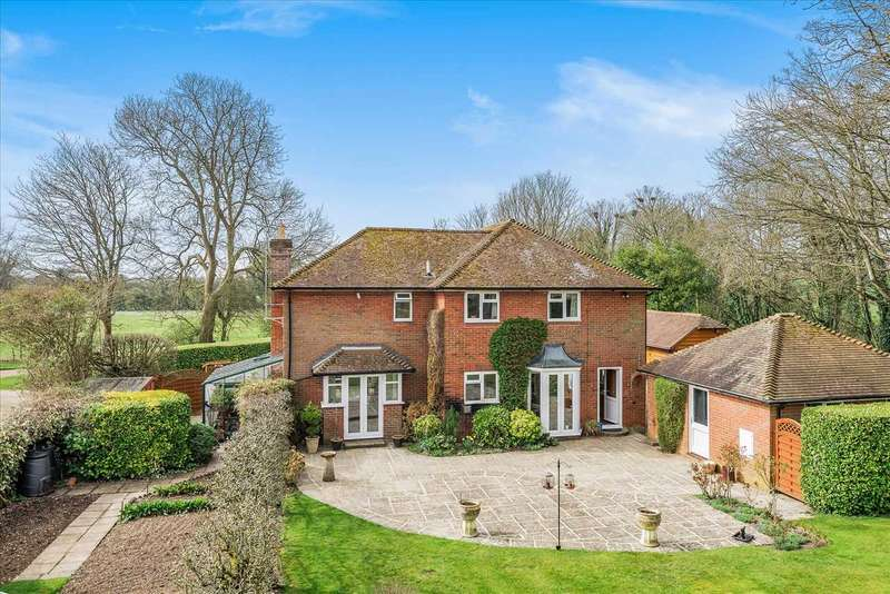 5 Bedrooms Detached House for sale in The Meadows, Rookery Close, Grateley