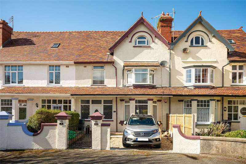 5 Bedrooms Terraced House for sale in St. Davids Place, Llandudno, LL30