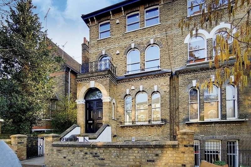 3 Bedrooms Flat for sale in Huddleston Road, London, N7